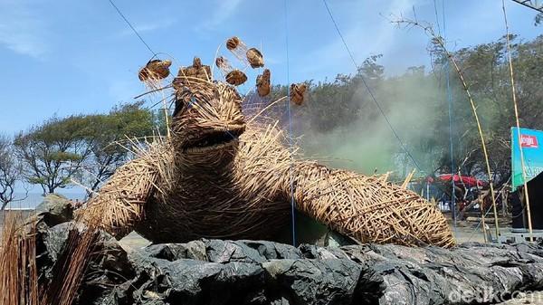 Tempat wisata di Kulon Progo, DIY dipercantik dengan karya seni instalasi bikinan seniman lokal. Karya seni ini dipajang di 5 destinasi wisata di Kulon Progo. (Jalu Rahman Dewantara/detikTravel)