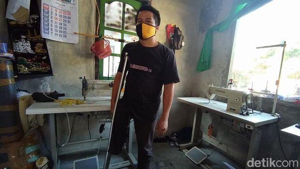Dayat, penajhit difabel yang terpukul pandemi Corona