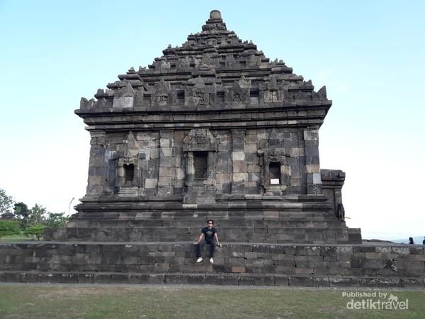 Candi Ijo merupakan candi tertinggi di Yogyakarta