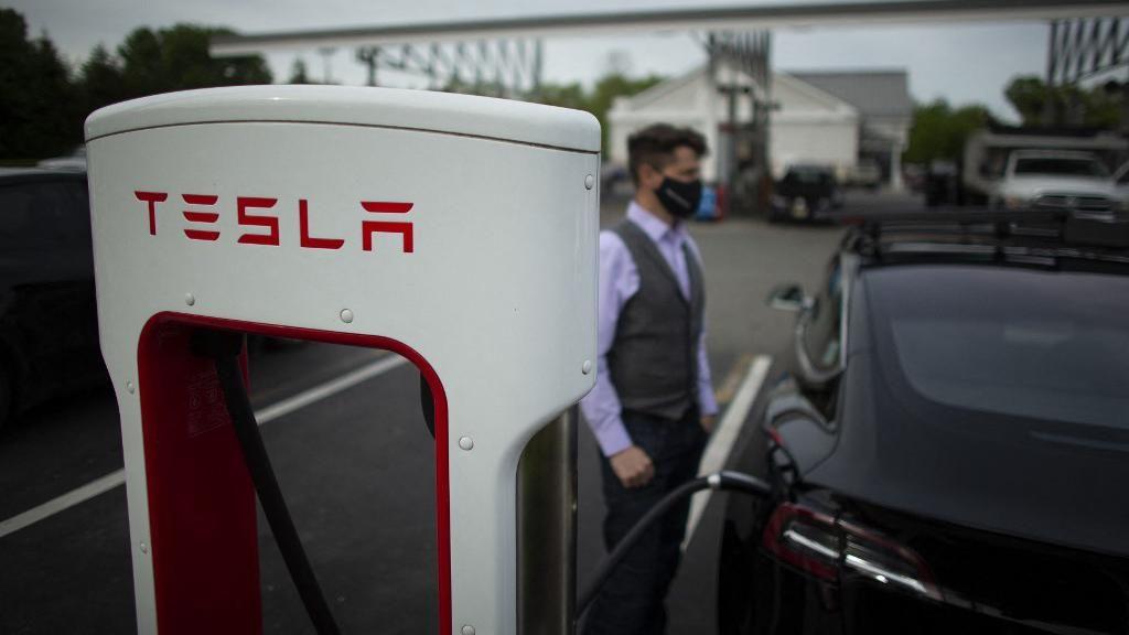 Waduh! Tesla Didenda Hampir Rp 2 Triliun karena Kasus Rasisme di Pabriknya