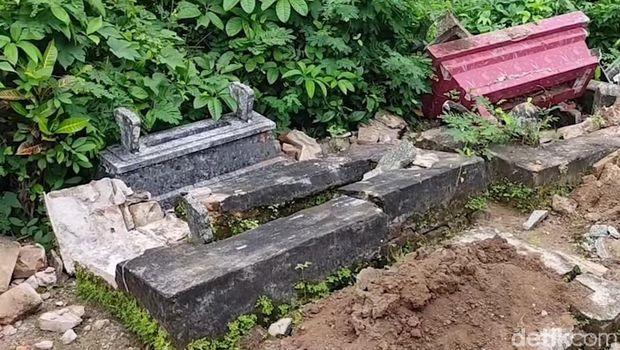 pengrusakan makam di banyuwangi