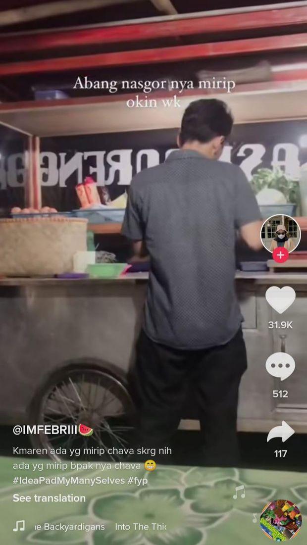 Penjual Nasi Goreng Mirip Niko Al Hakim