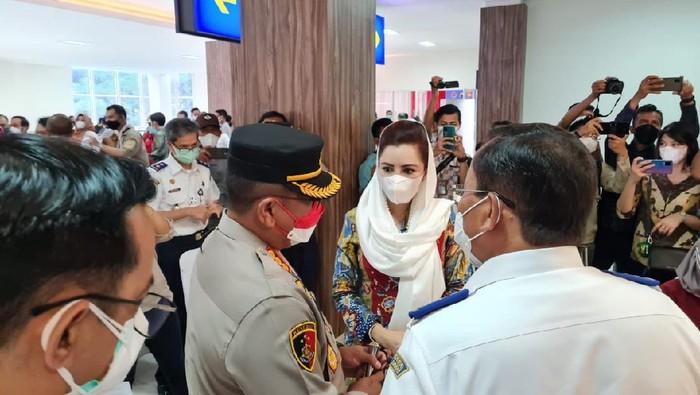Anggota Komisi V DPR RI Novita Wijayanti mendorong vaksinasi Corona digencarkan