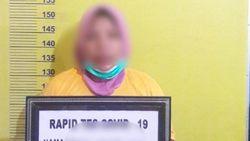 Guru di Riau Bacok Suami hingga Tewas Gegara Dituduh Selingkuh