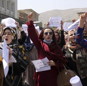 Kisah Para Wanita Afghanistan yang Dipukuli Taliban Saat Demo Menuntut Hak