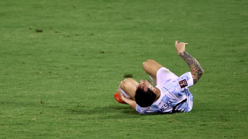 Lakukan Tekel Horor ke Messi, Pemain Venezuela Ini Minta Maaf