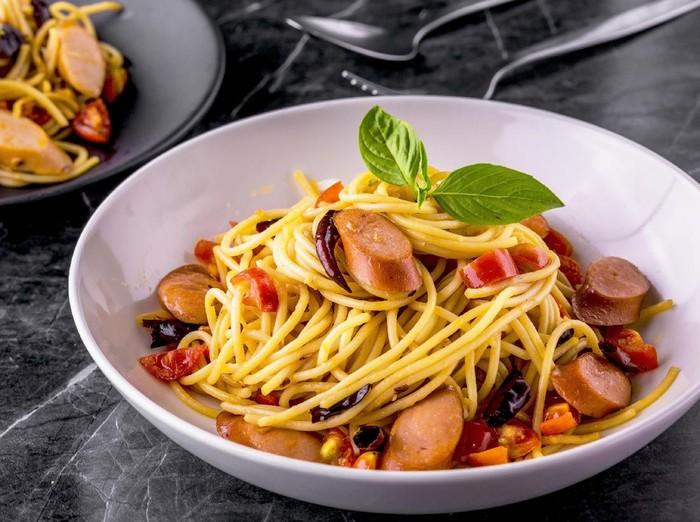 Resep Spaghetti Sosis Pedas