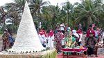 Ritual Dibubarkan, Sesaji Batal Dilarung ke Laut Pangandaran