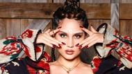7 Gaya Seksi Cinta Laura di Video Klip Baru, Terinspirasi Budaya Indonesia
