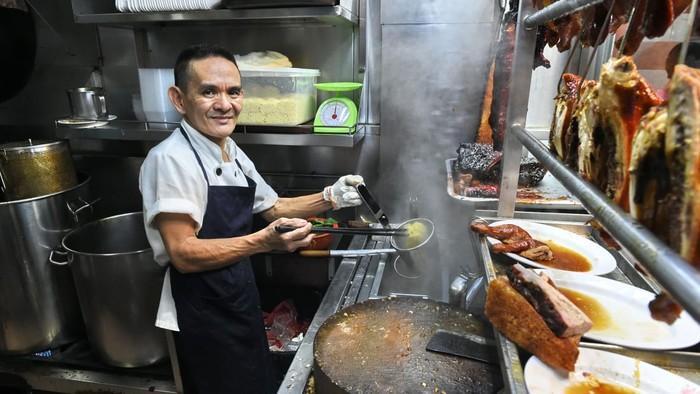 Gerai Chicken Rice Enak dan Murah di Singapura Ini Kehilangan Bintang Michelin