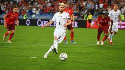 Roberto Mancini Bela Jorginho yang Gagal Penalti Lawan Swiss