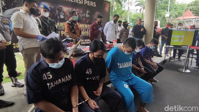 Jumpa pers kasus begal, di Mapolrestabes Semarang, Senin (6/9/2021).