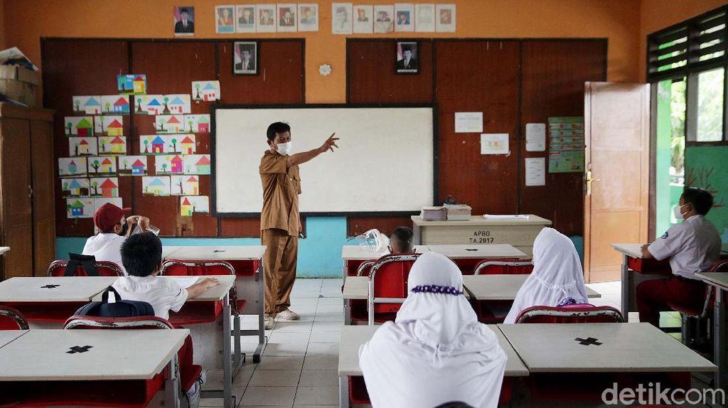 Alasan Nadiem Ngotot Sekolah Tatap Muka Diteruskan