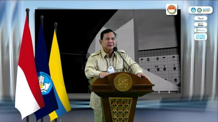 Menhan Prabowo Subianto saat berkunjung ke Unair Surabaya