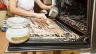 5 Alat Dapur yang Tak Boleh Dicuci dengan Baking Soda agar Tetap Awet
