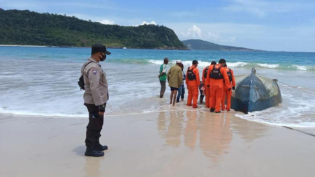 Polisi Usut Kaitan Kapal Sri Lanka Terempas Badai-Mayat Terdampar di Aceh
