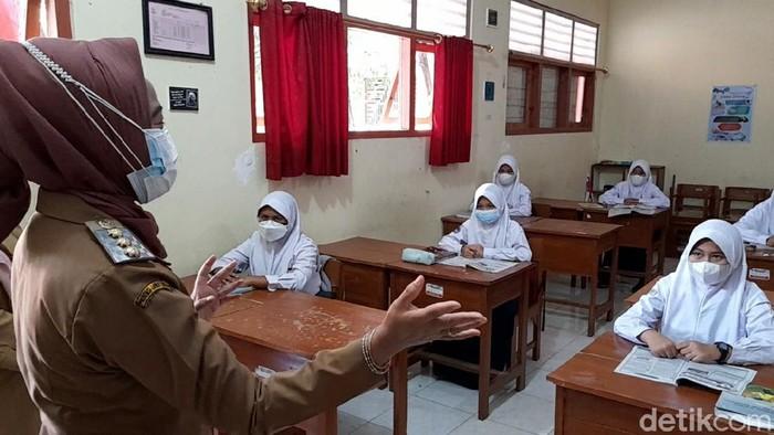Sekolah tatap muka atau pembelajaran tatap muka di Brebes, Jawa Tengah