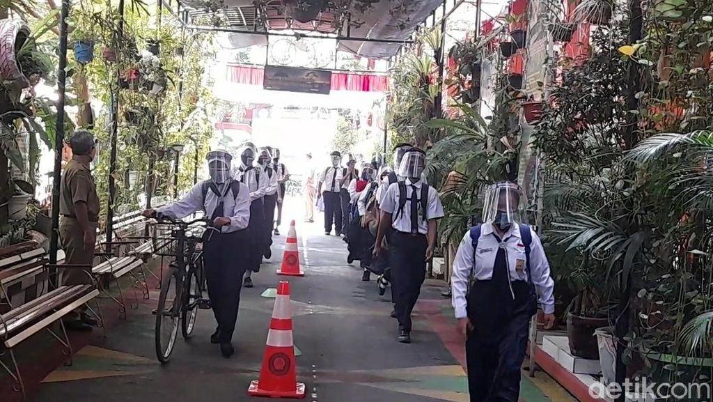 Suasana Sekolah Tatap Muka di Kabupaten Brebes