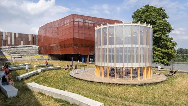 Tujuan dari dibangunnya proyek ini untuk menghasilkan oksigen di tengah kota.
