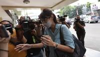 Wenny Ariani Terus Tantang Rezky Aditya untuk Tes DNA