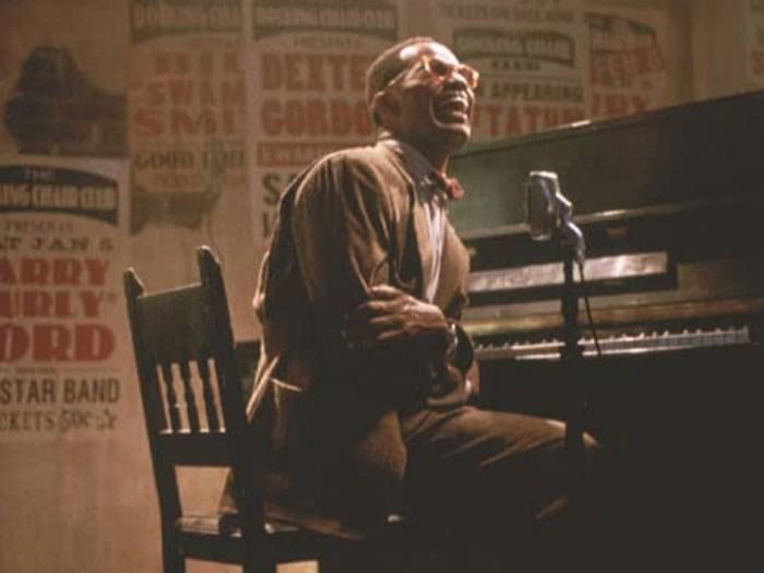 Film biografi musisi jazz Ray Charles.