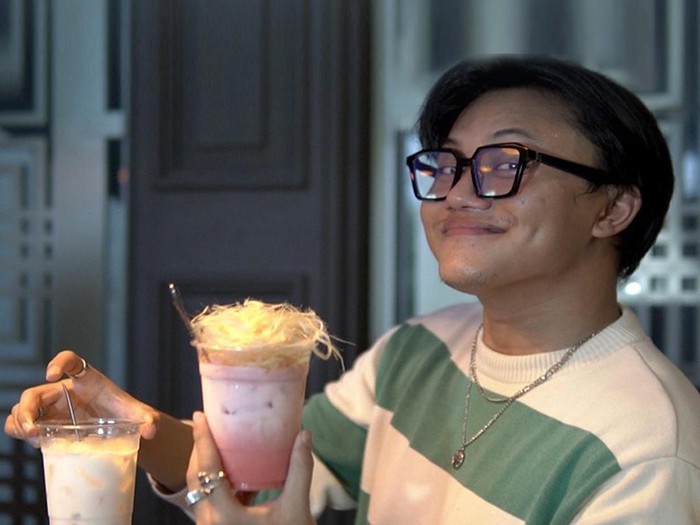 Wow! Rizky Febian Lelang Minuman, Dibeli Dony Salmanan Rp 400 Juta