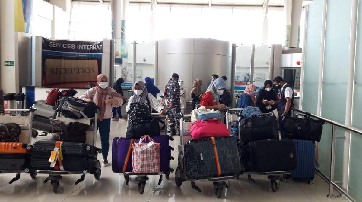 TKI Jawa Timur yang Pulang Kampung Lebih 30 Ribu Orang