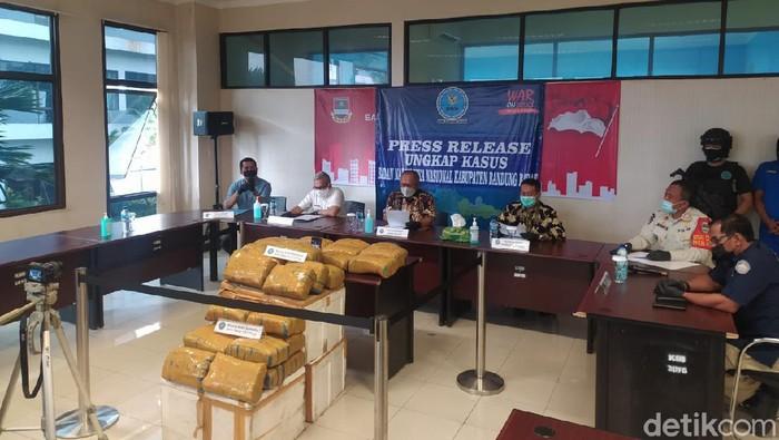 BNN Bandung Barat gagalkan peredaran ganja sebanyak 67 Kg