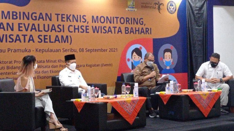 Kementerian Pariwisata dan Ekonomi Kreatif/Badan Pariwisata dan Ekonomi Kreatif (Kemenparekraf/Baparekraf) menggelar kegiatan 'Bimbingan Teknis, Monitoring, dan Evaluasi CHSE Wisata Bahari (Wisata Selam)' di Pulau Pramuka, Kepulauan Seribu, DKI Jakarta pada Rabu (8/9/2021).