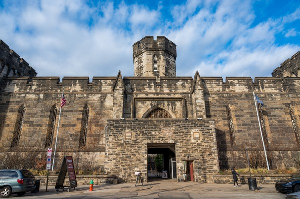 Rumah tahanan ini dibangun oleh arsitektur John Havilland dengan inspirasi dari rumah Benjamin Franklin pada tahun 1787.(Getty Images/iStockphoto)