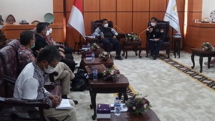 Pertemuan masyarakat kawasan Toba dengan DPD, Rabu (8/9/2021).