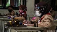 Seribuan Sekolah Jadi Klaster COVID-19, 25 Ditemukan di DKI