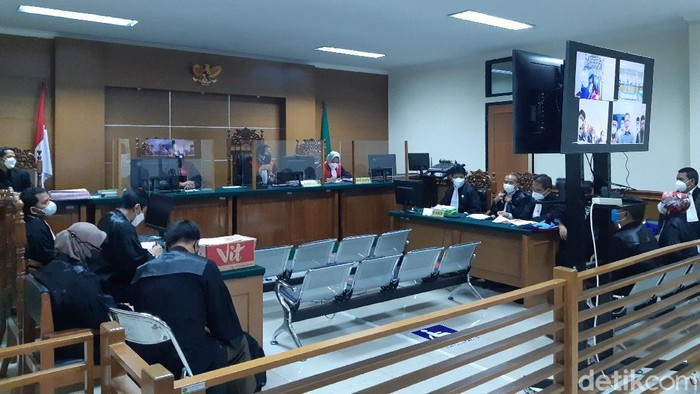 Sidang Korupsi Ponpes Banten