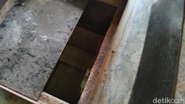 Air bersih dari PAM Jaya sudah mengalir kembali di permukiman Jl Pademangan III dan IV, Pademangan Timur, Jakut, 9 September 2021. (Athika Rahma/detikcom)
