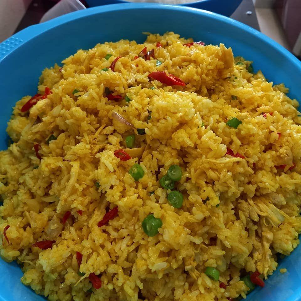 Ilustrasi nasi goreng piritan