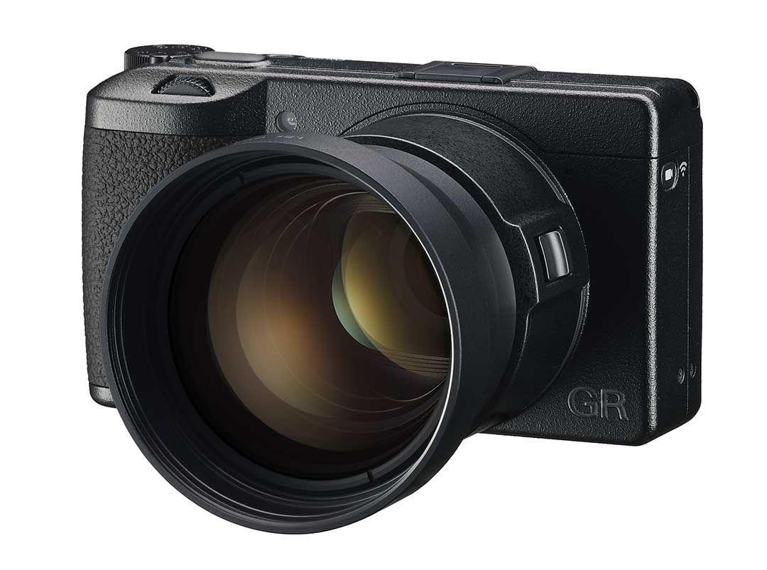 Kamera compact Ricoh GR III X punya lensa baru