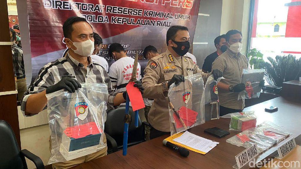 Beraksi 15 Kali, 3 Pencuri Spesialis Bobol Rumah di Batam Ditangkap