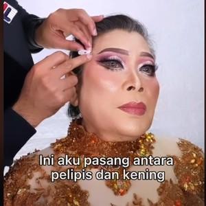Kekuatan Makeup dan Wajah Ditarik Stiker, Nenek Ini Jadi Berubah Total