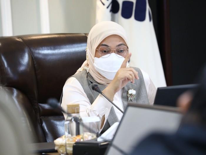 Menaker Ida Fauziah