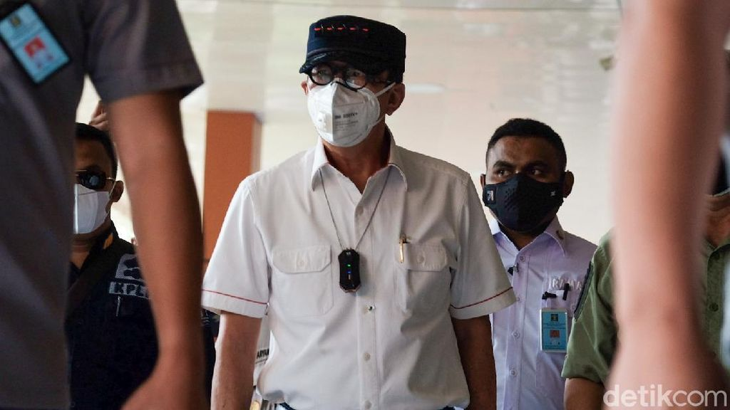 Momen Yasonna Laoly Jenguk Korban Lapas Tangerang
