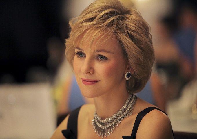 Naomi Watts kala berperan sebagai Putri Diana.