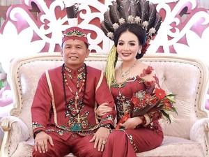 Viral Cinta Beda Usia 27 Tahun Putri Pariwisata Kalteng dan Anggota DPR
