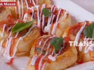 Masak Masak: Resep Pizza Roll yang Empuk Gurih Buat Camilan