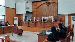Ada Surat Dokter, Sidang Pemeriksaan Terdakwa Jumhur Hidayat Ditunda
