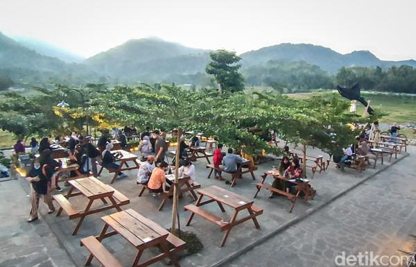 Ada peningkatan pengunjung dengan turunya PPKM Level di Yogyakarta. (Jalu Rahman Dewantara /detikcom)