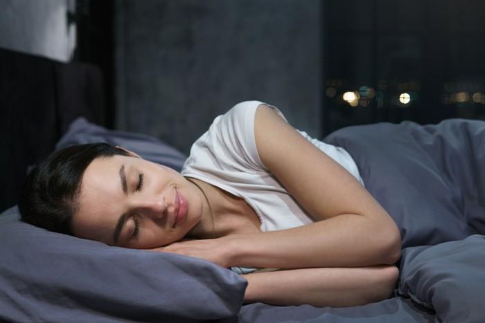 7 Kebiasaan Sebelum Tidur Ini Bikin Lebih Cepat Langsing
