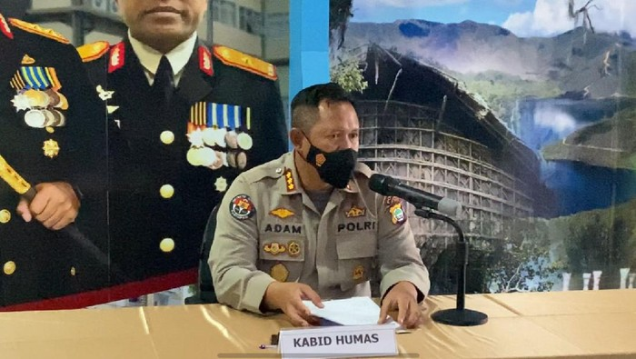 Kabid Humas Polda Papua Barat Kombes Adam Erwindi