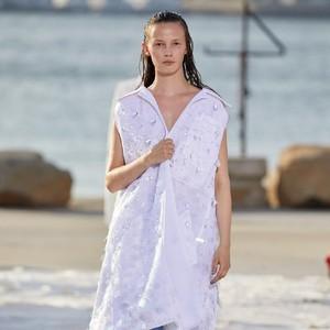 10 Koleksi Busana Peter Do di New York Fashion Week, Desainer Favorit Zendaya
