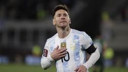 Maaf Telat Messi, Pele Baru Ucapain Selamat Nih!