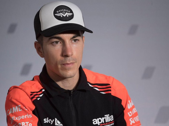 ALCANIZ, SPAIN - SEPTEMBER 09: Maverick Vinales of Spain  and Aprilia Racing Team Gresini  looks on during the press conference pre-event during the MotoGP of Aragon - Previews at Motorland Aragon Circuit on September 09, 2021 in Alcaniz, Spain. (Photo by Mirco Lazzari gp/Getty Images)